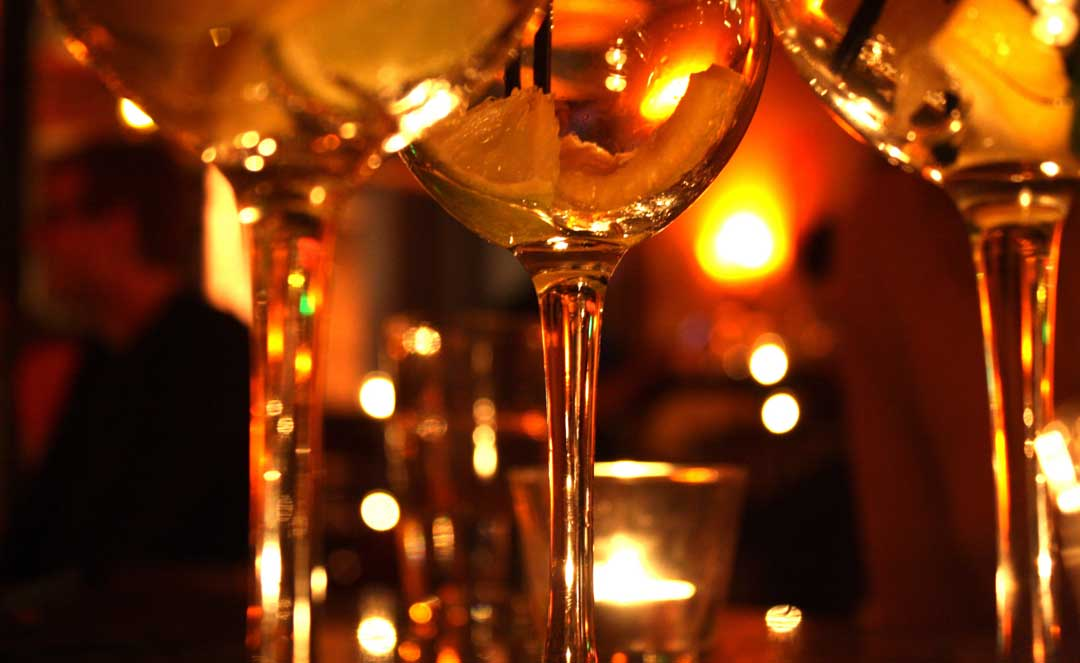 Best wine bars for a valentine 39 s day date wine bars in nyc for Best valentines restaurants nyc