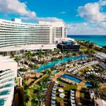 The Ultimate Cocktail Bar Tour at Fontainebleau Miami Beach for