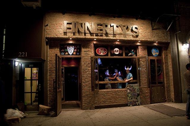 Finnerty's NYC San Francisco 49ers Bar