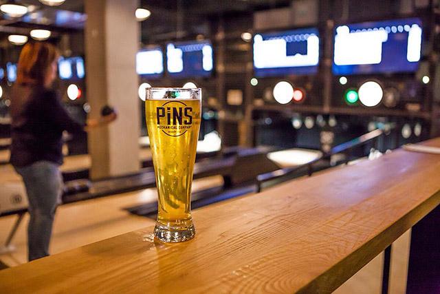 brews-pins-mechanical-co.-beer