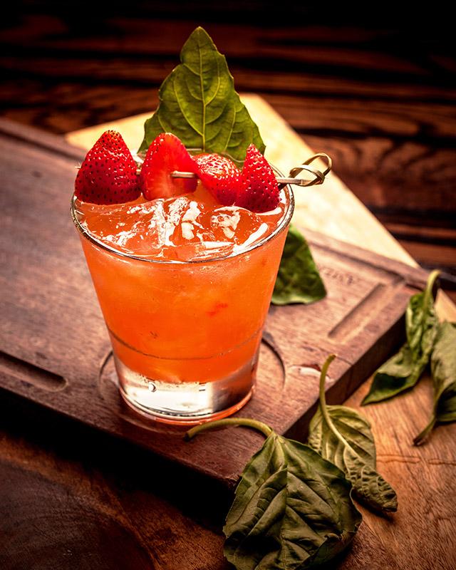 july-4-miami-american-social-strawberry-honey-smash