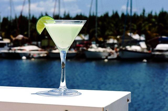 the-perry-hotel-key-west-at-stock-island-marina-key-lime-martini